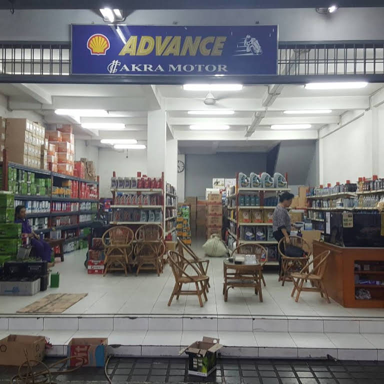 pusat oli mobil Jakarta