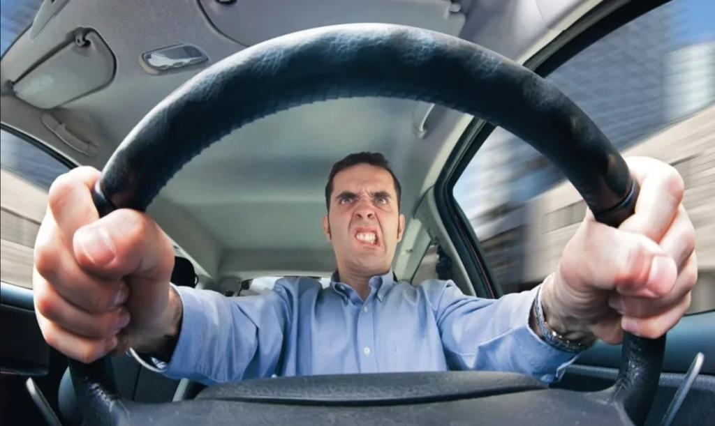 Berkendara Membuat Mesin Mobil Tidak Awet