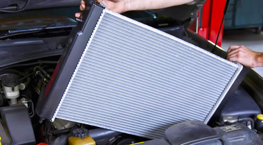 cara ganti air radiator mobil